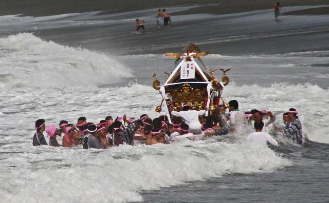 茅ヶ崎・浜降祭