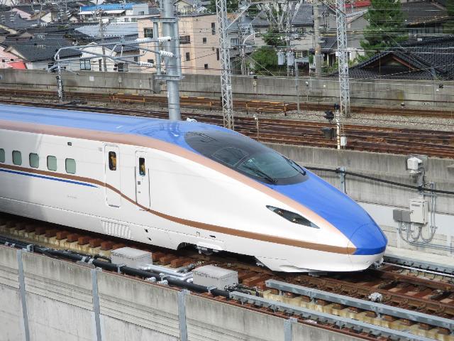 北陸新幹線 試運転開始(1)