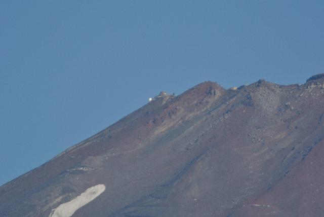 御殿場の麓から撮影した富士山測候所