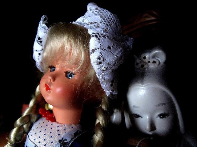 母の集めた人形 3