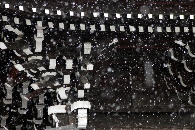 雪の知恩院経堂